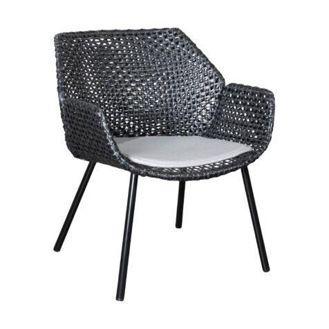 Vibe fåtölj i svart med sittdyna i ljusgrått.