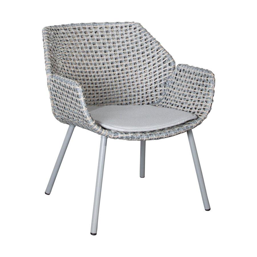 Vibe karmstol i ljusgrått med dyna i ljusgrått.