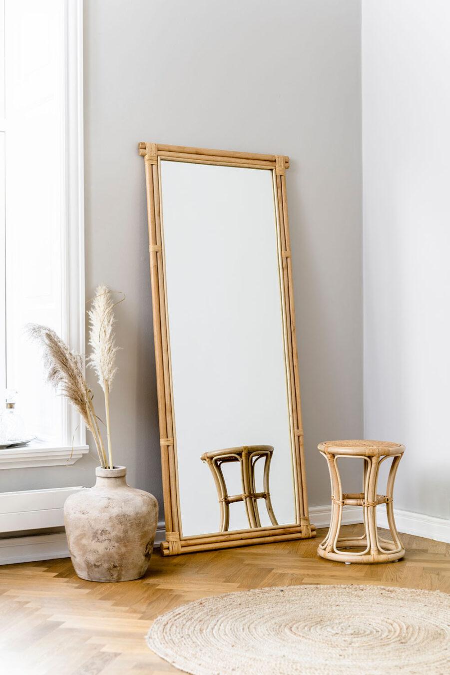 Sika Design Bella pall/sidobord natur och Rasmus spegel natur