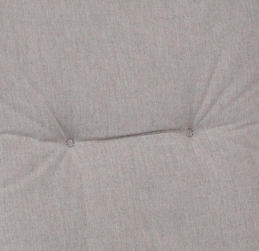 Närbild på askgrått tyg.