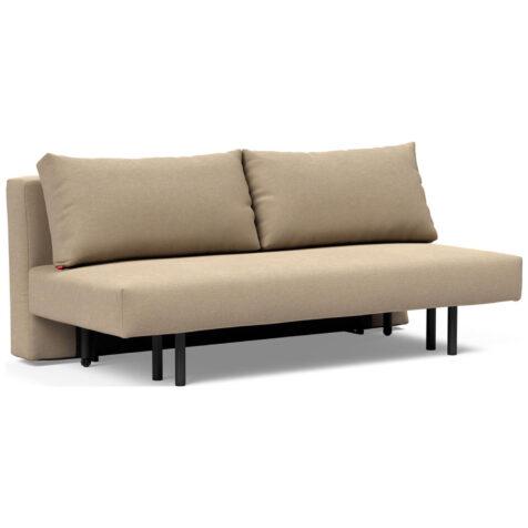 Bild på Achillas soffa i beige.
